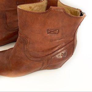 Frye Carson WedgeBootie Ankle Cognac Leather SZ7.5
